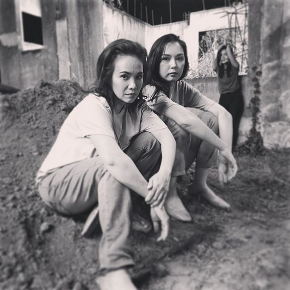 Behind-The-Scenes: Ana Abad Santos aka Eva do in between takes