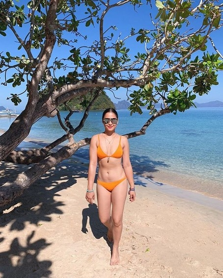 LOOK: This Pinay actress will show you how to slay in bikini photos