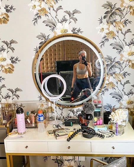 Kathryn bernardo post workout selfies