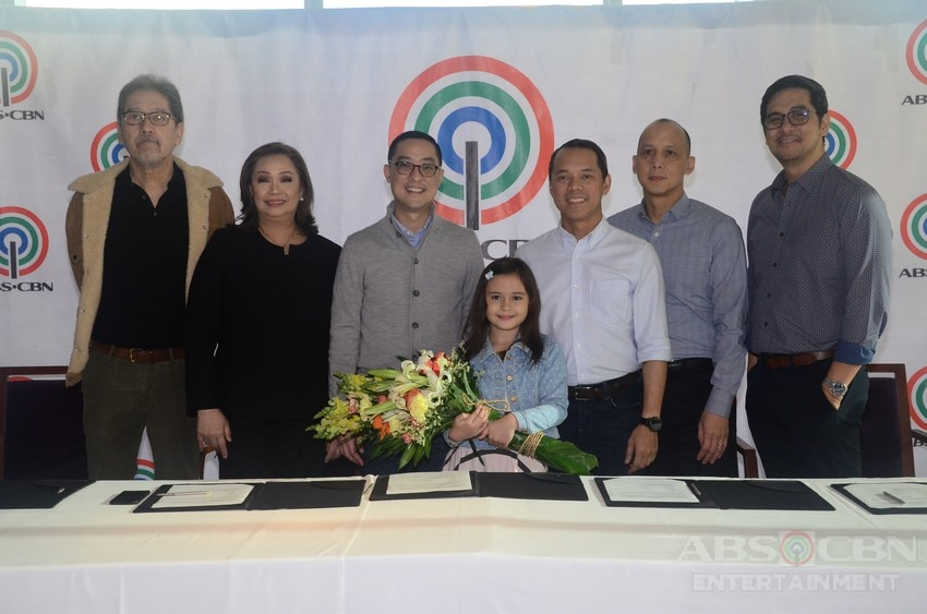 Kapamilya stars renew contracts with ABS-CBN