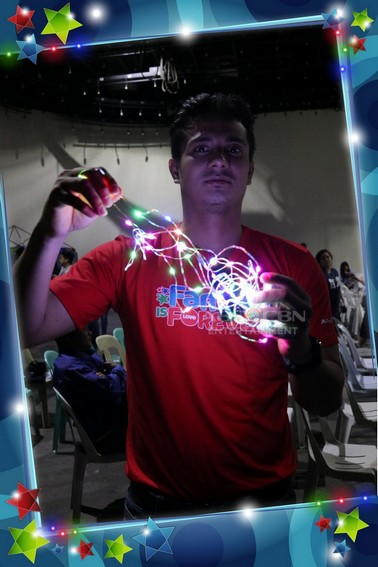 A Glowing Christmas! Photos of Kapamilya celebrities playing with fairy lights