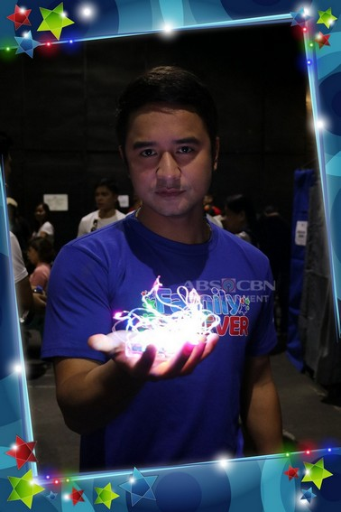 Kapamilya Celebrities Playing with Fairy Lights