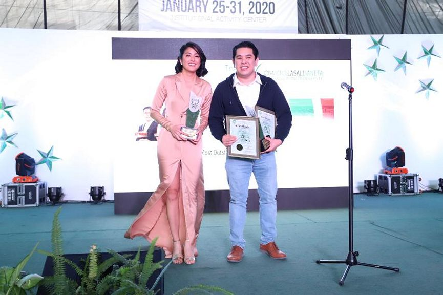 Gretchen Ho and Jeff Canoy were hailed Most Outstanding Male and Female Correspondents