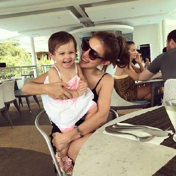 Nathalie Hart Pamilya Ko Daughter angel beautiful Penelope