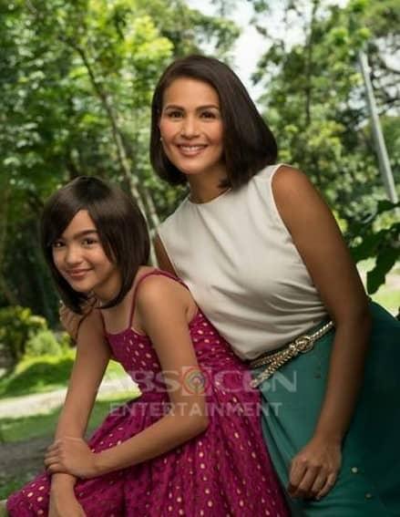 Iza Calzado and Andrea Brillantes in Hawak Kamay (2014)