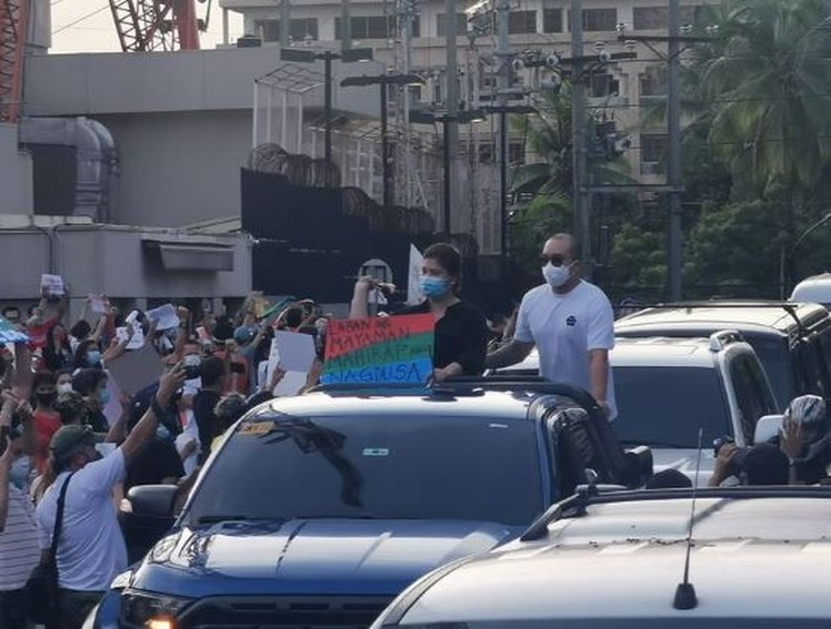 An impassioned Angel Locsin expresses solidarity with ABS-CBN, workers