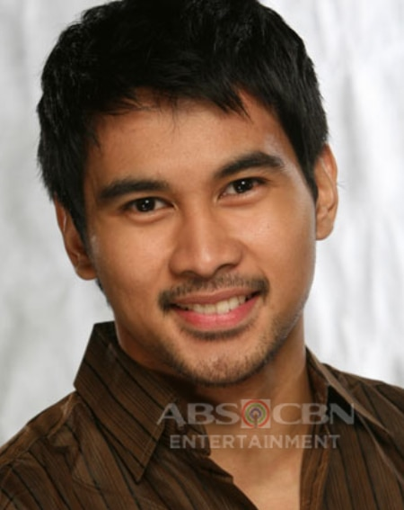 Joem Bascon as Chris in Ligaw Na Bulaklak (2008)