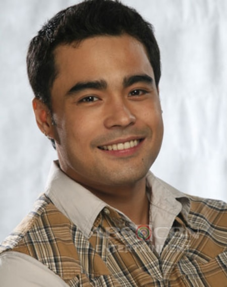 Sid Lucero as Billy in Ligaw Na Bulaklak (2008)
