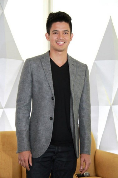 Jason Abalos as Victor in Two Wives (2014)