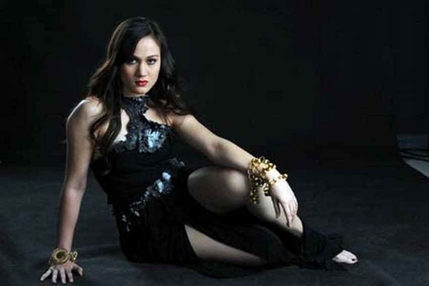 Melissa Ricks as Elisa in Nasaan Ka Elisa? (2011)