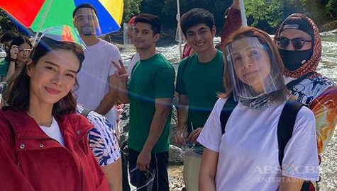"PHOTOS: The stars of La Vida Lena at the ""Ikaw Ang Liwanag At Ligaya"" ABS-CBN Christmas ID shoot"
