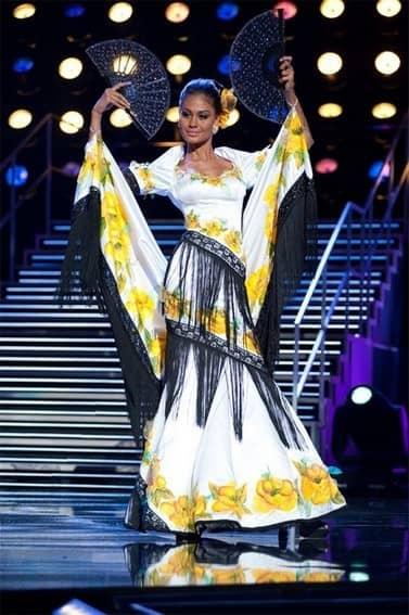Maria Venus Raj's National Costume