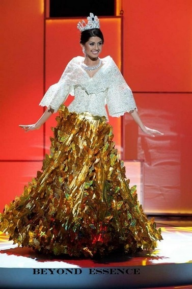 Shamcey Supsup's National Costume