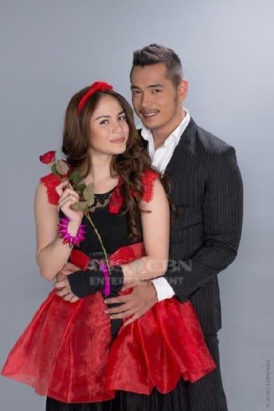 Jessy Mendiola and Jake Cuenca in Maria Mercedes (2013)