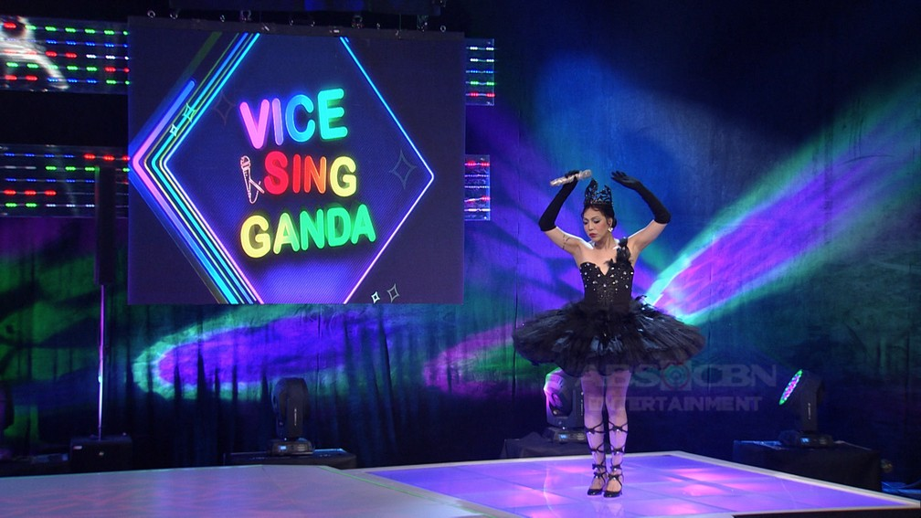 Vice Ganda as Black Swan