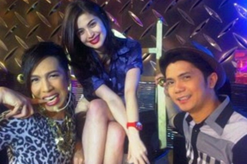 """28 Photos of Vice Ganda and Anne Curtis that make us miss their """"kulitan"""" moments on screen!"""