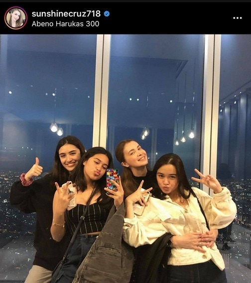 Sunshine Cruz with her gorgeous daughters Angelina, Chesca and Sam