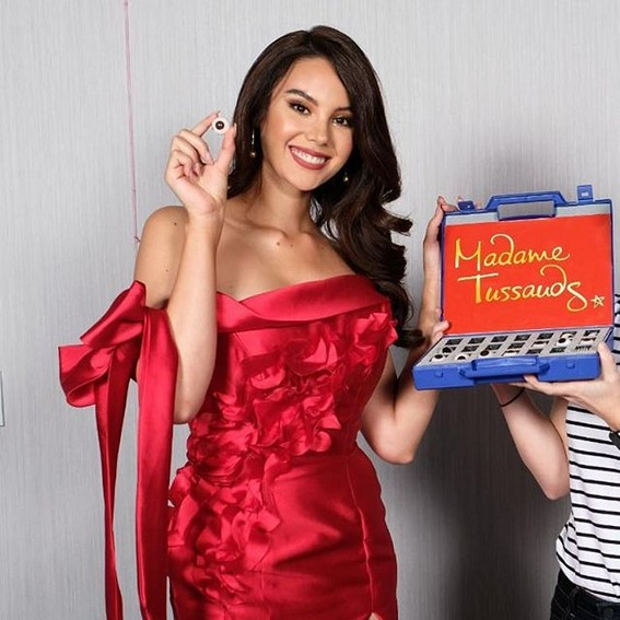 Miss Universe Catriona Gray It's showtime wearing red fire flames
