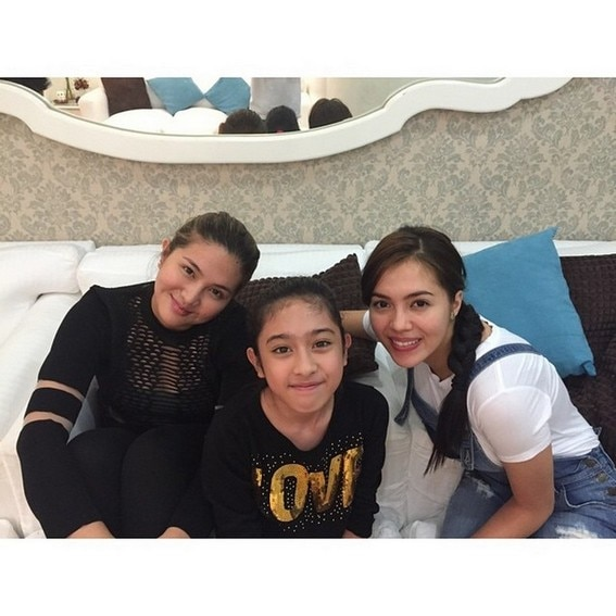 IN PHOTOS: Dimples Romana with her closest sisters in showbiz