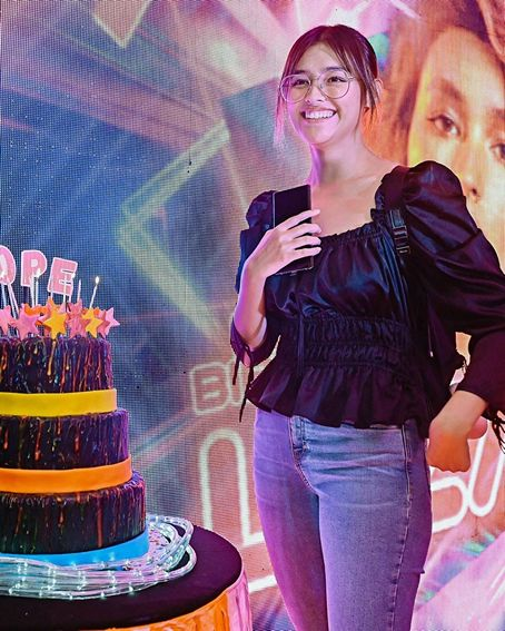 LOOK: Liza Soberano's birthday celeb with her loved ones