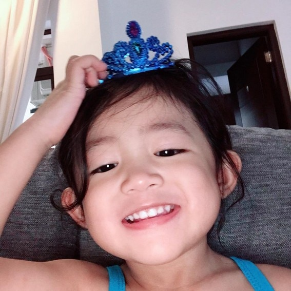 Liza Soberano mini me sister