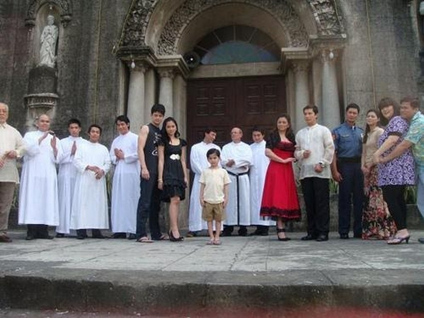 Badjie Mortiz, David Chua, Ruben Gonzaga and Victor Basa in May Bukas Pa (2009) The cast of May Bukas Pa (2009)