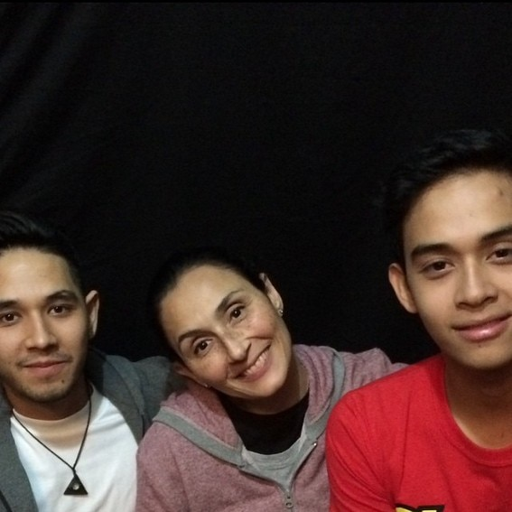 34 photos of Diego Loyzaga with the woman he loves the most!