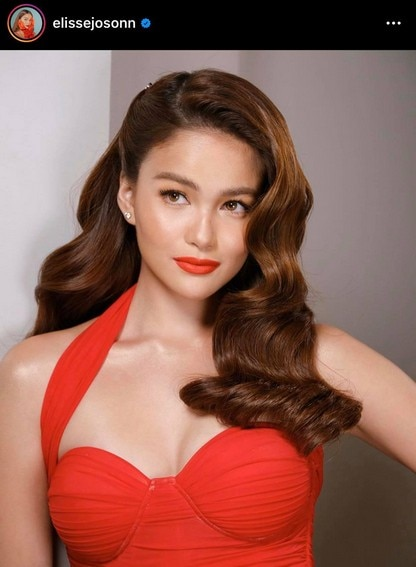 Pinay Actress Elisse Joson shows off sexy curves in bikini photos
