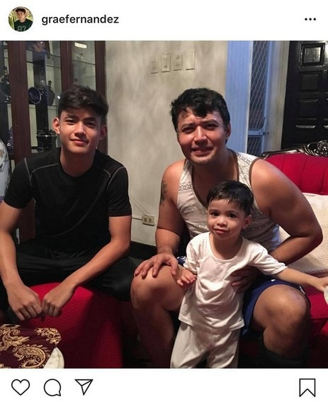 Grae Fernandez with his equally gwaping father
