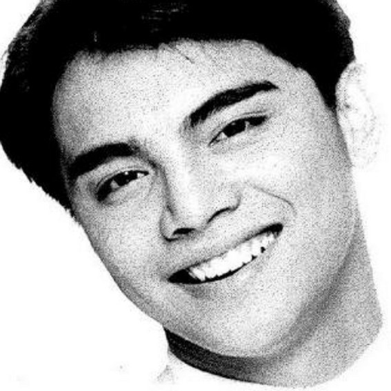 Marvin Agustin as Matti in Whattamen (2001)