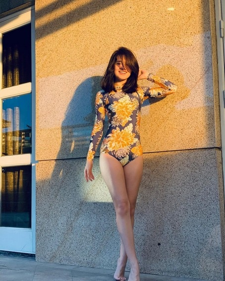 IN PHOTOS: Just photos of Kira Balinger flaunting her fit and sexy body