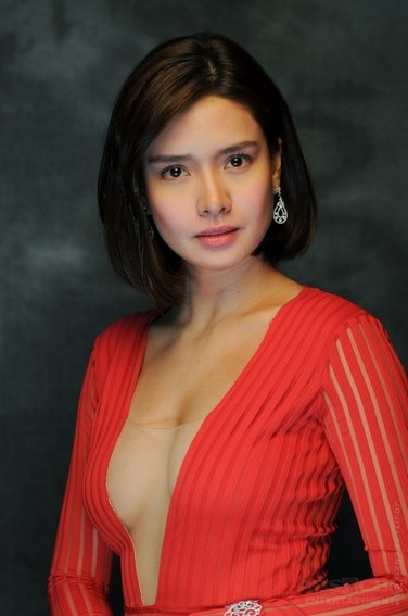 THROWBACK: Erich Gonzales as Carrie, Agatha and Erika in The Blood Sisters (2018)