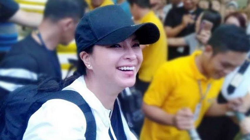 Real-life 'Darna': Photos of Angel Locsin showing act of kindness over the years