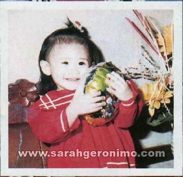 These are the young photos of Philippine's Popstar Sarah Geronimo before she was famous