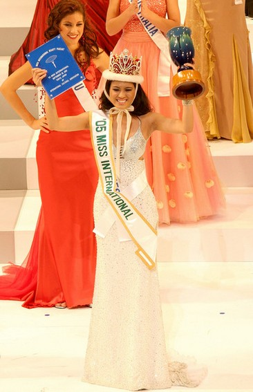 Check out these photos Precious Lara Quigamans reign Miss International 2005