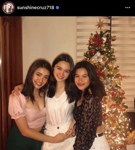 Age is just a number! Pinay actress Sunshine Cruz with her lovely ladies in these photos