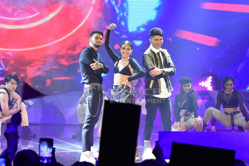 Your Moment Grand Moment Billy Crawford, Nadine Lustre, and Vhong Navarro
