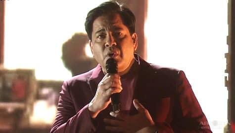 "Martin Nievera's heartfelt ""Kahit Isang Saglit"" performance"