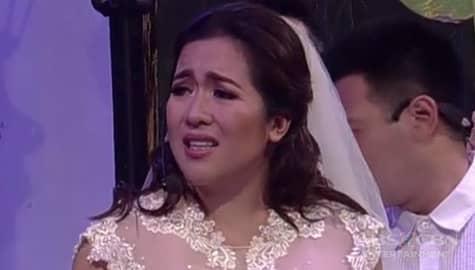 PANOORIN: Angeline Quinto, nakikulit sa Banana Sundae bilang isang bride Image Thumbnail