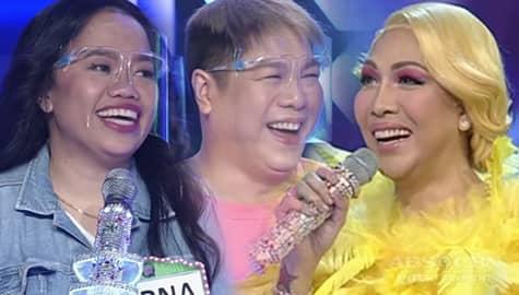 Everybody Sing: MC, nilaglag ng mga kaibigan tungkol sa kanyang love life Image Thumbnail