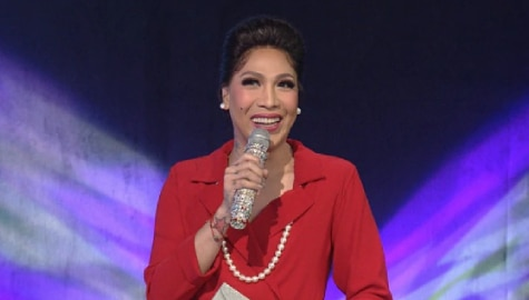 """Vice Ganda impersonates Charo Santos, gives advice to content creators in """"Everybody, Sing"""""""