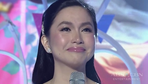 Mariel Rodriguez-Padilla in tears as she announces pregnancy on It's Showtime! Image Thumbnail
