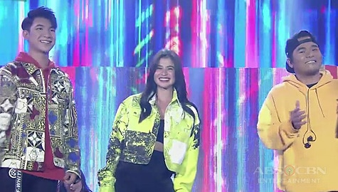 WATCH: Anne opens It's Showtime with Darren and Gloc 9! Image Thumbnail