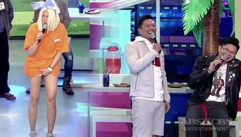 It's Showtime: Vice Ganda, sumakit ang singit sa ginawang katuwaan nina Jhong at Vhong Image Thumbnail