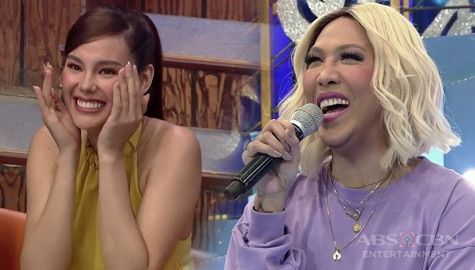 It's Showtime: Vice Ganda, gustong palabasin ng studio si Catriona Image Thumbnail