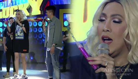 WATCH: Vice Ganda, may ibinulgar na sikreto sa set ng It's Showtime! Image Thumbnail