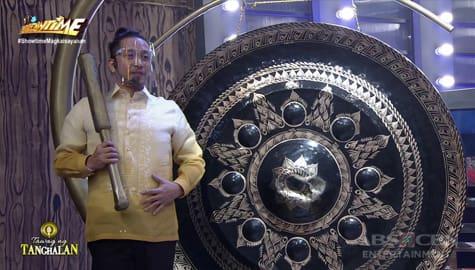 It's Showtime: Jhong, na-miss maging taga-gong sa Tawag Ng Tanghalan Image Thumbnail