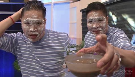Jugs, naligo ng bagoong! | It's Showtime Image Thumbnail
