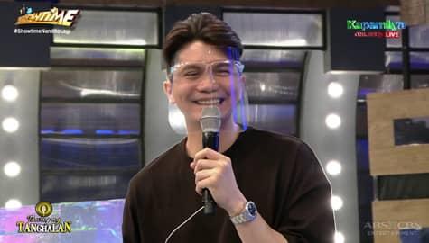 Vhong, may maiksing kwento kung paano siya nag propose sa asawa niya | It's Showtime Image Thumbnail