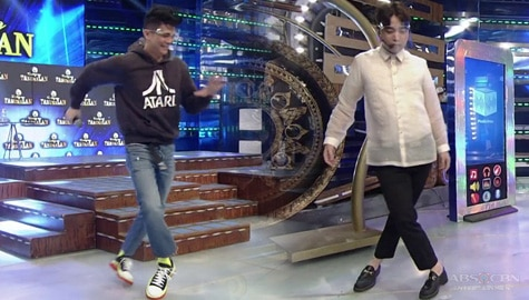 Vhong at Ryan, sinubukan gawin ang 'Air Walk' | It's Showtime Image Thumbnail